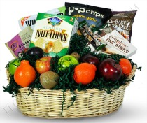 gluten-free-basket-with-fruit1