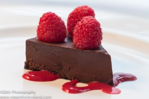 2013-02-flourless-chocolate-cake-with-raspberry-coulis-slice